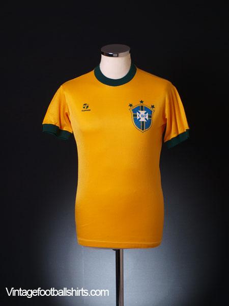 1982-85 Brazil Home Shirt S