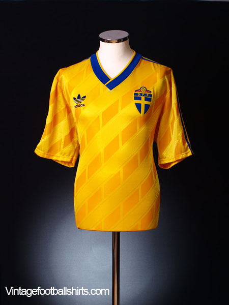 1989-92 Sweden Home Shirt XL