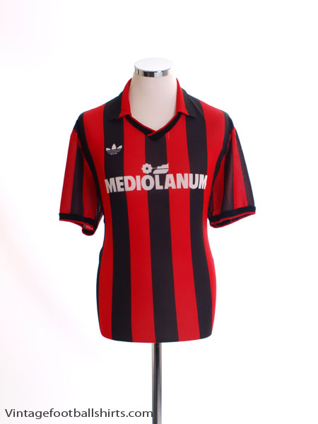 a35c9965fdc Classic and Retro AC Milan Football Shirts   Vintage Football Shirts
