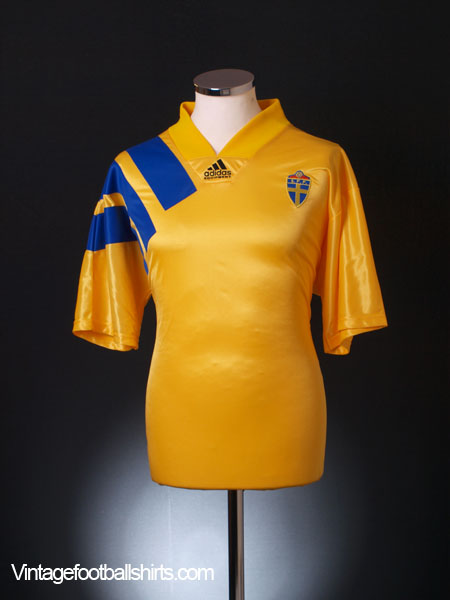 1992-94 Sweden Home Shirt *As New* L
