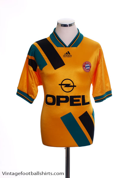 1993-95 Bayern Munich Away Shirt S