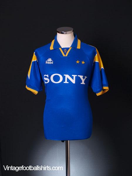 a3fd5b2ef 1995-97 Juventus Away Shirt M for sale