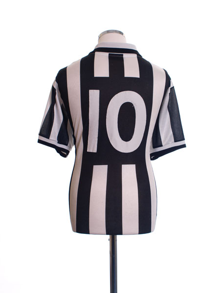 1995-97 Juventus Home Shirt #10 L