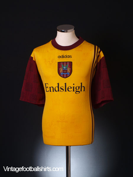 1996-97 Burnley Away Shirt *Mint* XXL