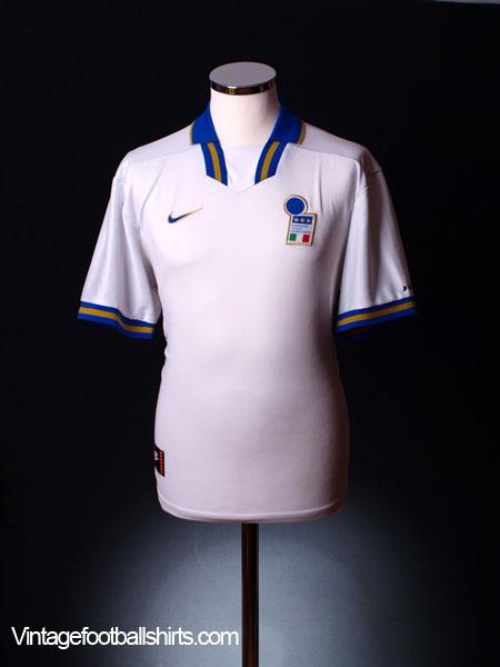 1996-97 Italy Away Shirt M