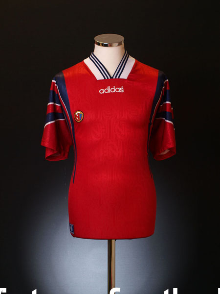 1996-97 Norway Home Shirt L