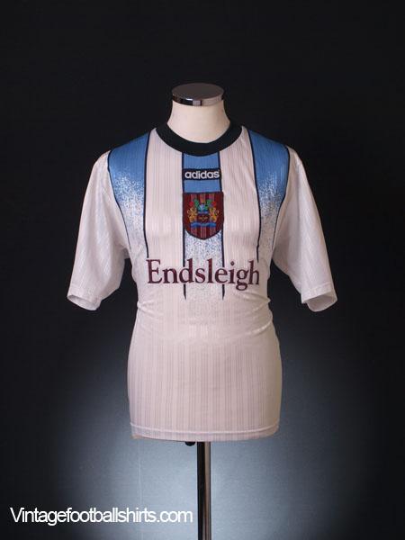 1997-98 Burnley Away Shirt M