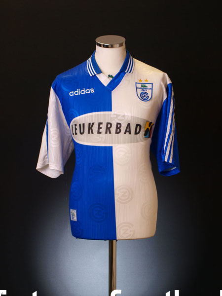 1997-98 Grasshoppers Home Shirt M