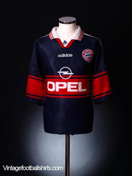 1997-99 Bayern Munich Home Shirt M