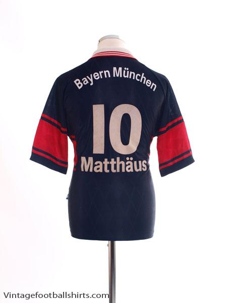 1997-99 Bayern Munich Home Shirt Matthaus #10 S