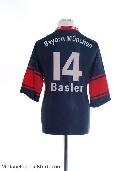 1997-99 Bayern Munich Home Shirt Basler #14 L