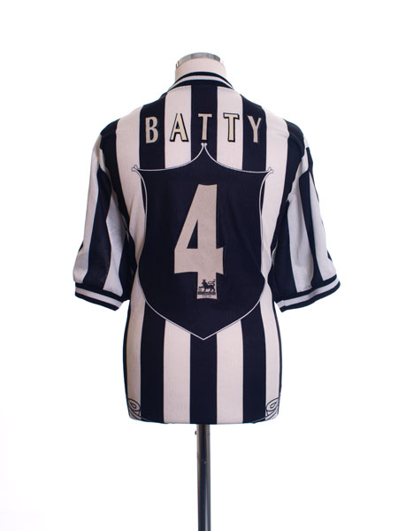 1997-99 Newcastle Home Shirt Batty #4 L