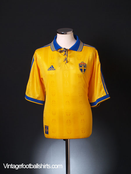 1998-99 Sweden Home Shirt *Mint* L
