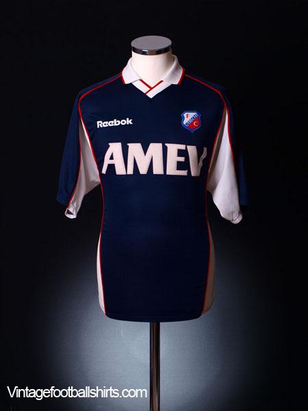 2000-01 Utrecht Away Shirt M