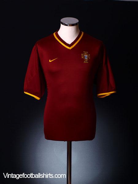 2000-02 Portugal Home Shirt M