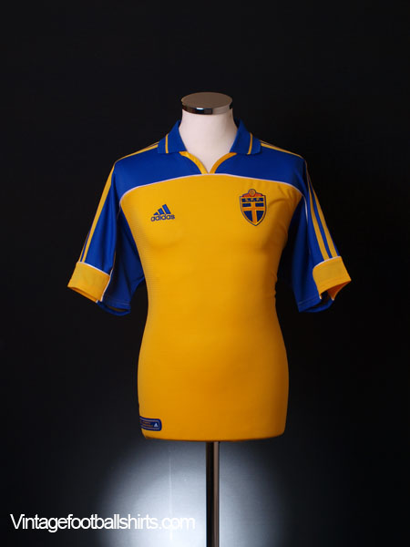 2000-02 Sweden Home Shirt *As New* M