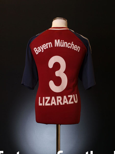 2001-02 Bayern Munich Home Shirt Lizarazu #3 XL