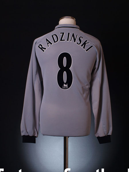 2001-02 Everton Away Shirt Radzinski #8 L/S L