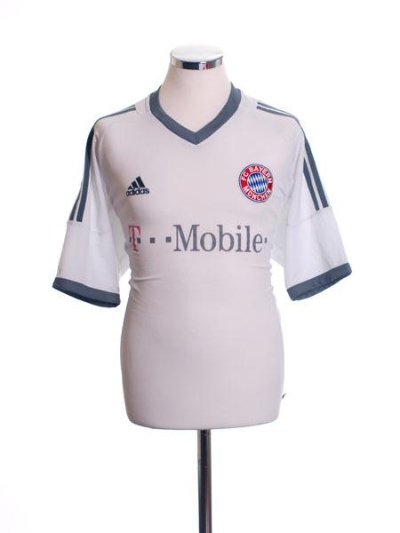 2002-03 Bayern Munich Away Shirt M