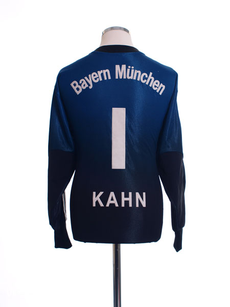 2002-03 Bayern Munich Goalkeeper Shirt Kahn #1 M