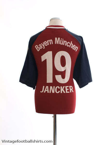 2002-03 Bayern Munich Home Shirt Jancker #19 XL