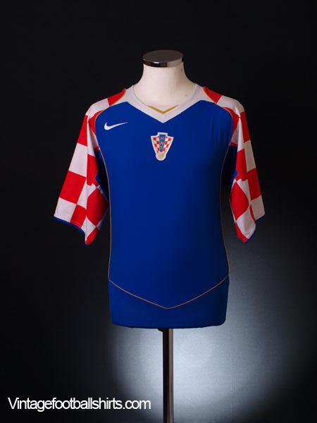 2004-06 Croatia Away Shirt L