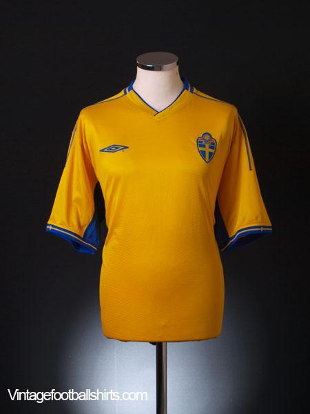 2003-04 Sweden Home Shirt XL