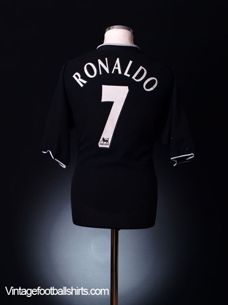 2003-05 Manchester United Away Shirt Ronaldo #7 M