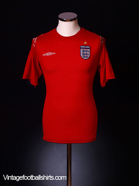 2004-06 England Away Shirt M.Boys