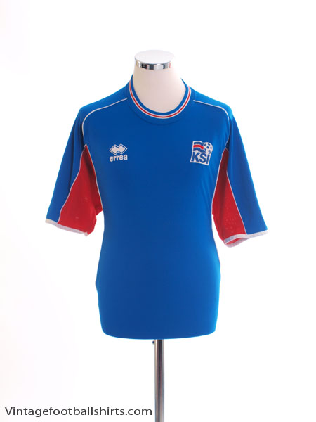 2004-06 Iceland Home Shirt L