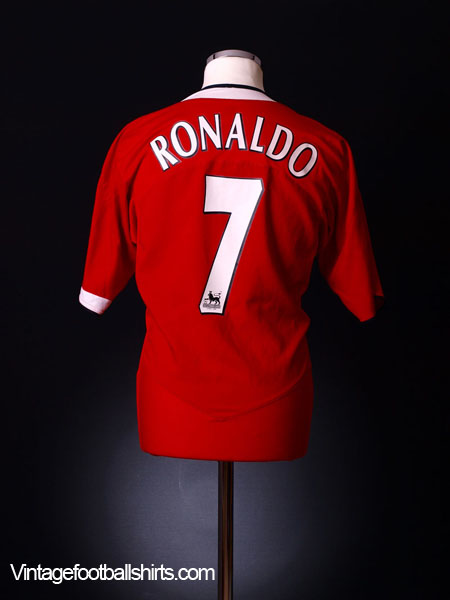 2004-06 Manchester United Home Shirt Ronaldo #7 L
