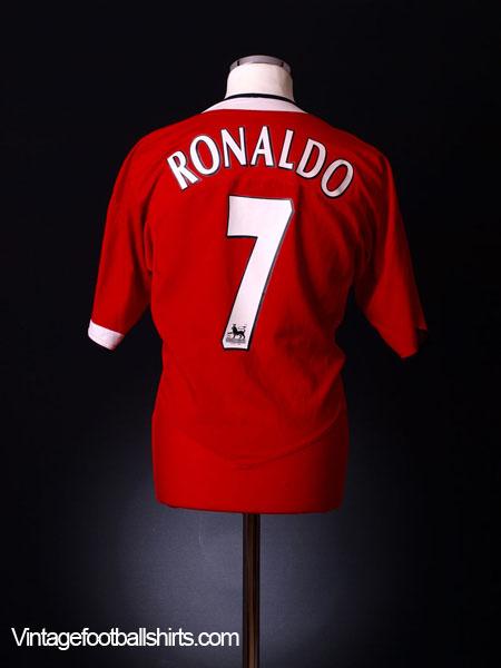 3e79d0530 2004-06 Manchester United Home Shirt Ronaldo  7 S for sale