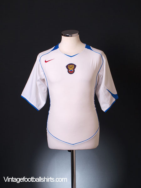 2004-06 Russia Home Shirt M