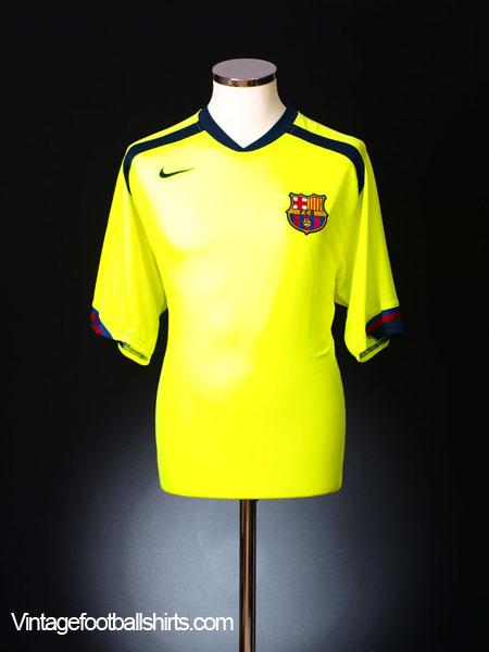 2005-06 Barcelona Away Shirt XL