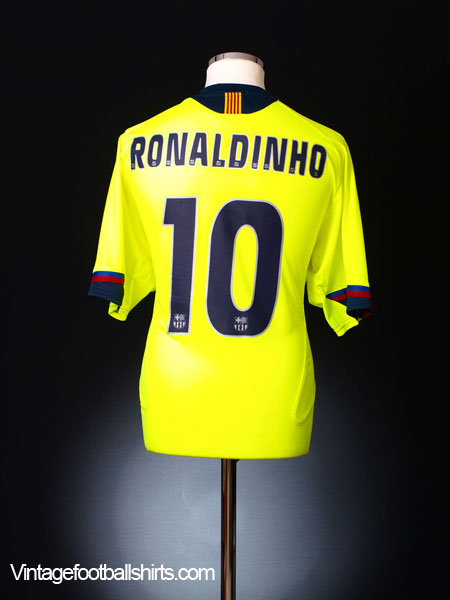 2005-06 Barcelona Away Shirt Ronaldinho  10 L for sale 816a17fb9