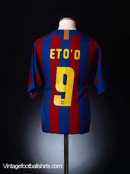 2005-06 Barcelona Home Shirt Eto'o #9 L