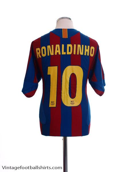 2005-06 Barcelona Home Shirt Ronaldinho #10 XXL