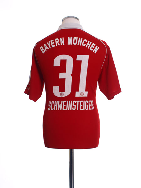 2005-06 Bayern Munich Home Shirt Schweinsteiger #31 M