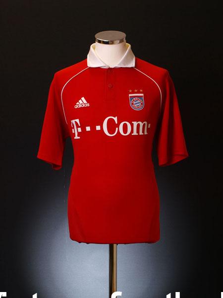 2005-06 Bayern Munich Home Shirt Y