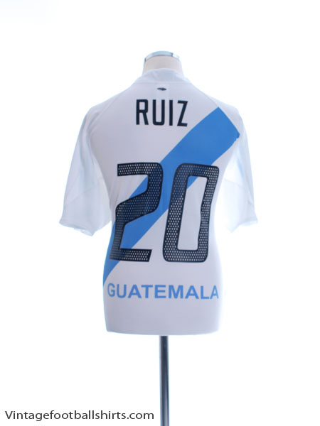 2005-06 Guatemala Home Shirt Ruiz #20 XL - 838578