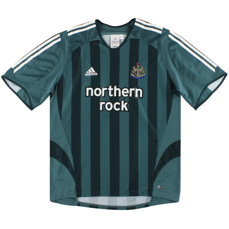 2005-06 Newcastle adidas Away Shirt  L - 110148