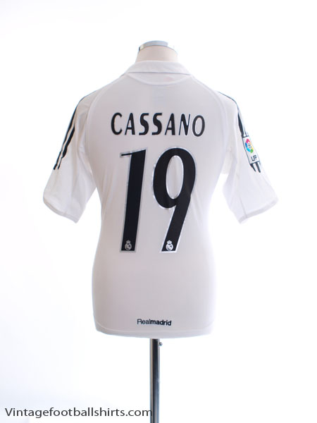 2005-06 Real Madrid Home Shirt Cassano #19 XL.Boys
