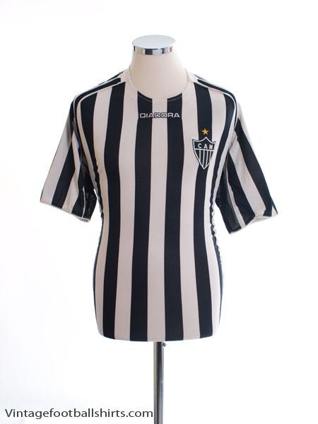 2005 Atletico Mineiro Home Shirt #8 L