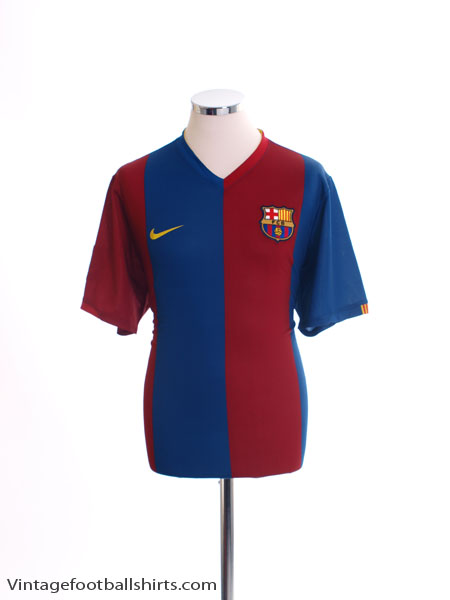 2006-07 Barcelona Home Shirt L