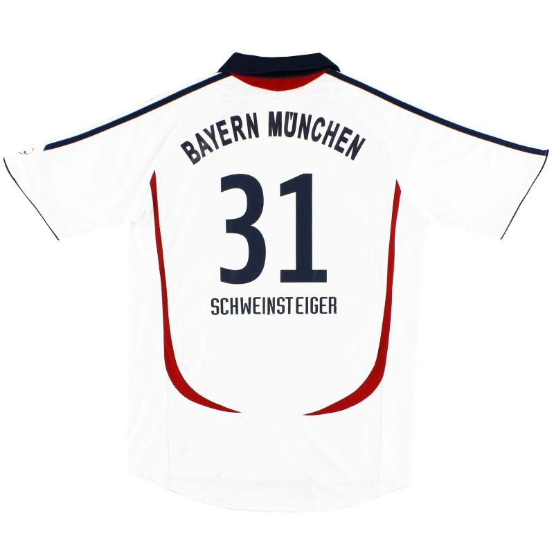 2006-07 Bayern Munich Away Shirt Schweinsteiger #31 M