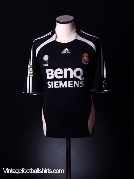2006-07 Real Madrid Away Shirt L