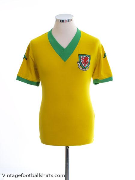 2006-07 Wales Away Shirt M