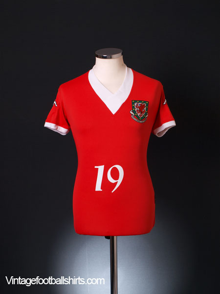 2006-07 Wales Home Shirt #19 XL