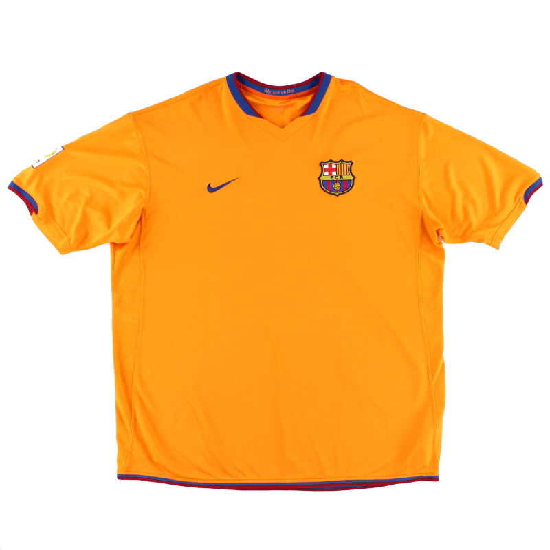 2006-08 Barcelona Away Shirt S