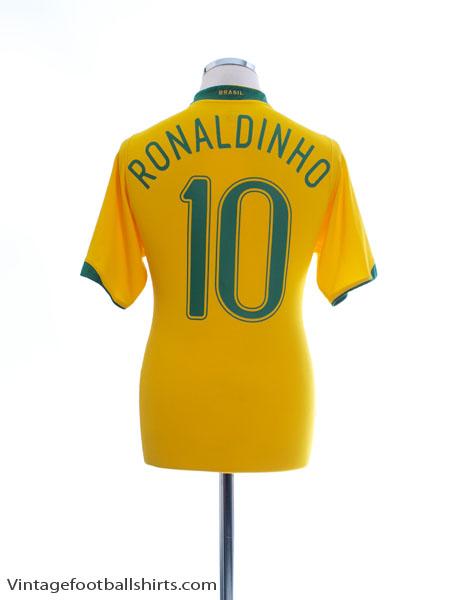 2006-08 Brazil Home Shirt Ronaldinho #10 M - 103889